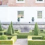 Courtyard maze Feature