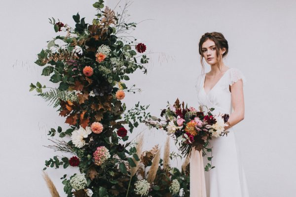 The Prettiest Inspiration for a Modern Autumn Wedding rockmywedding.co.uk - matthoranphotography.com