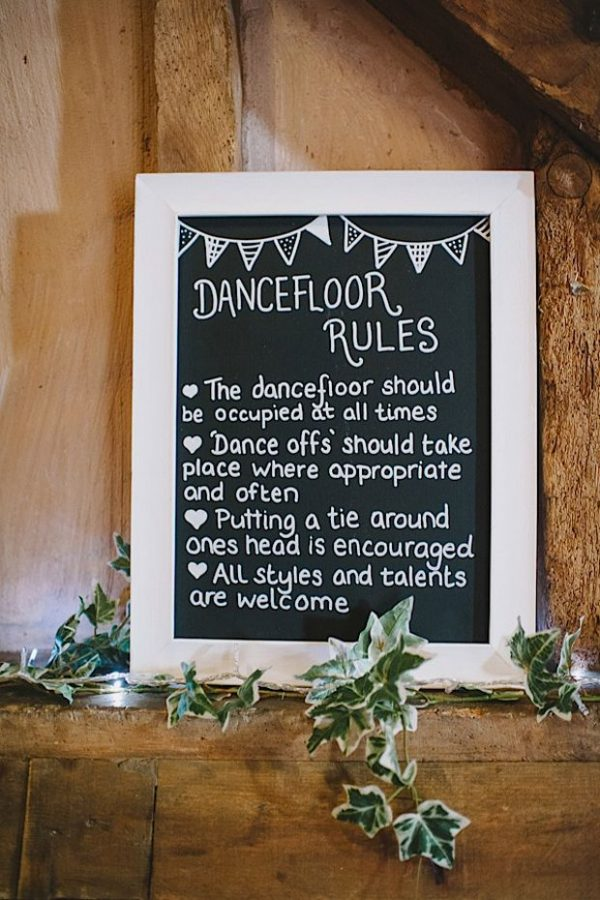 15 Fun Ways To Use Wedding Signs At Your Big Day rockmywedding.co_.uk-elliegillard.co_.uk15 Fun Ways To Use Wedding Signs At Your Big Day rockmywedding.co_.uk-elliegillard.co_.uk